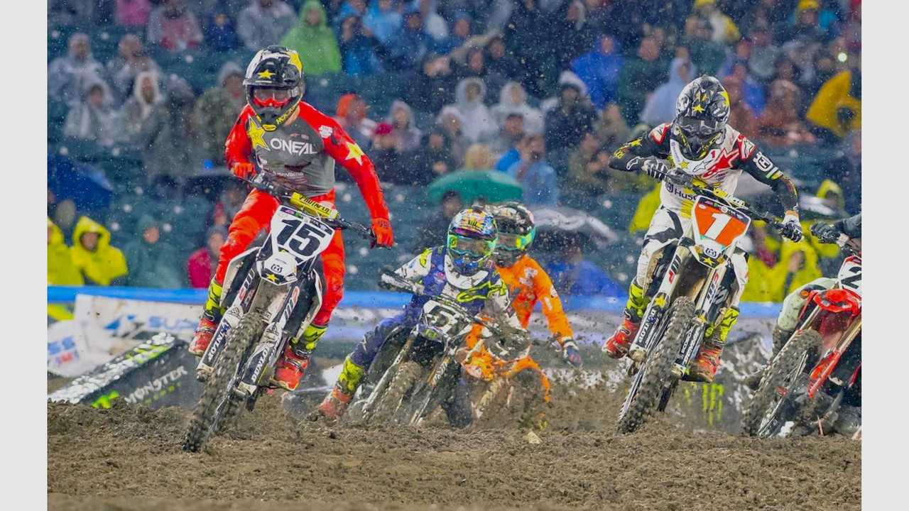 Dean Wilson Takes the holeshot at Anaheim Supercross