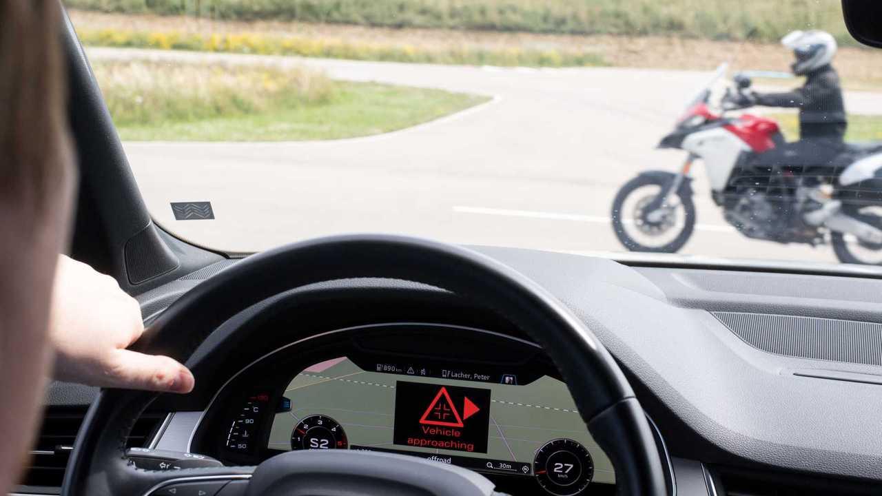 Audi, Ducati Ford che collega auto e moto