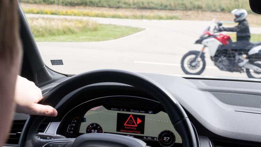 Ducati, Audi e Ford mettono in comunicazione moto e auto