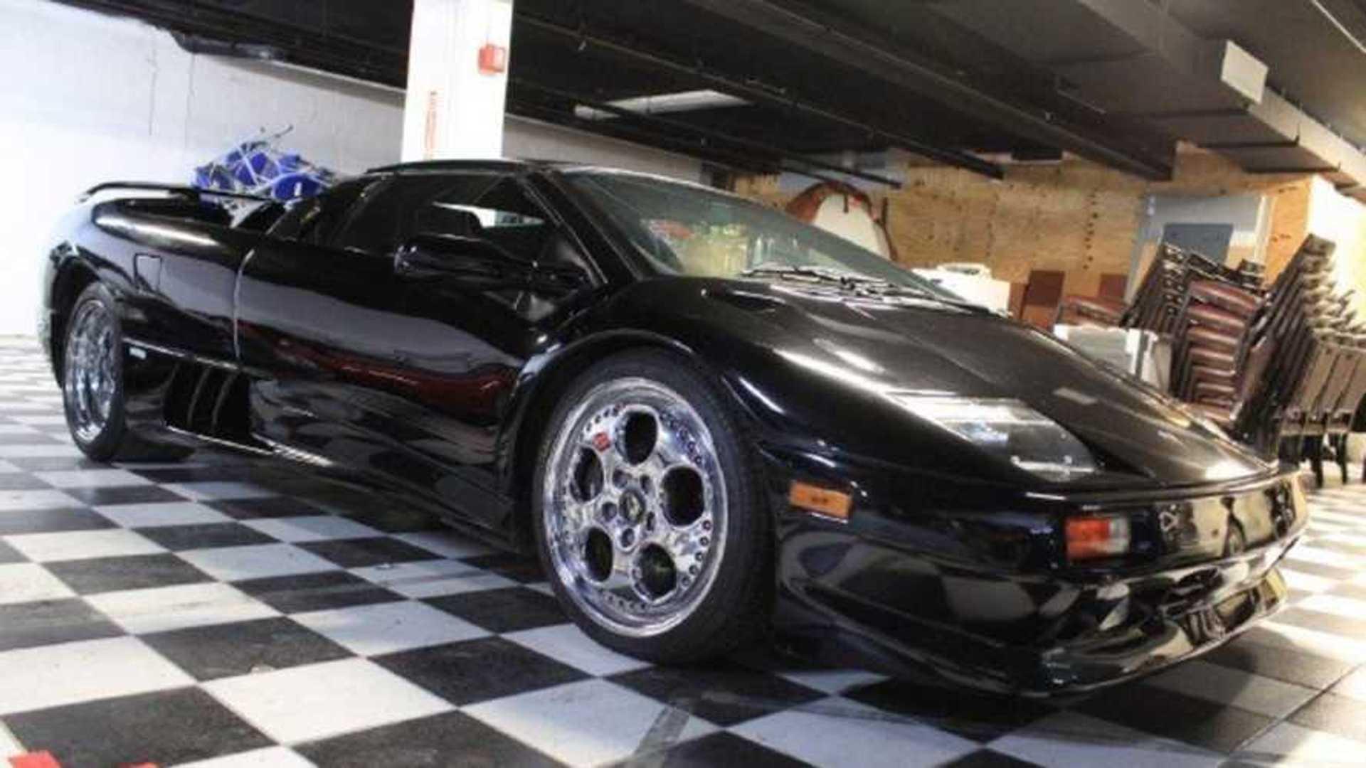 "[""1999 Lamborghini Diablo Roadster VT""]"