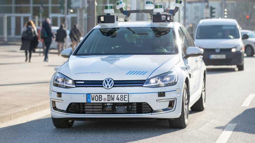 """Ne dites plus véhicule """"autonome"""" mais """"à conduite automatisée"""""""
