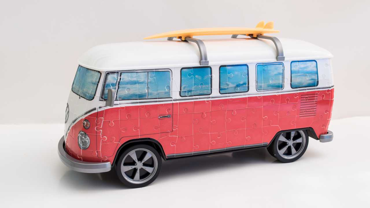 see a vintage vw bus come together as radical rolling 3d. Black Bedroom Furniture Sets. Home Design Ideas