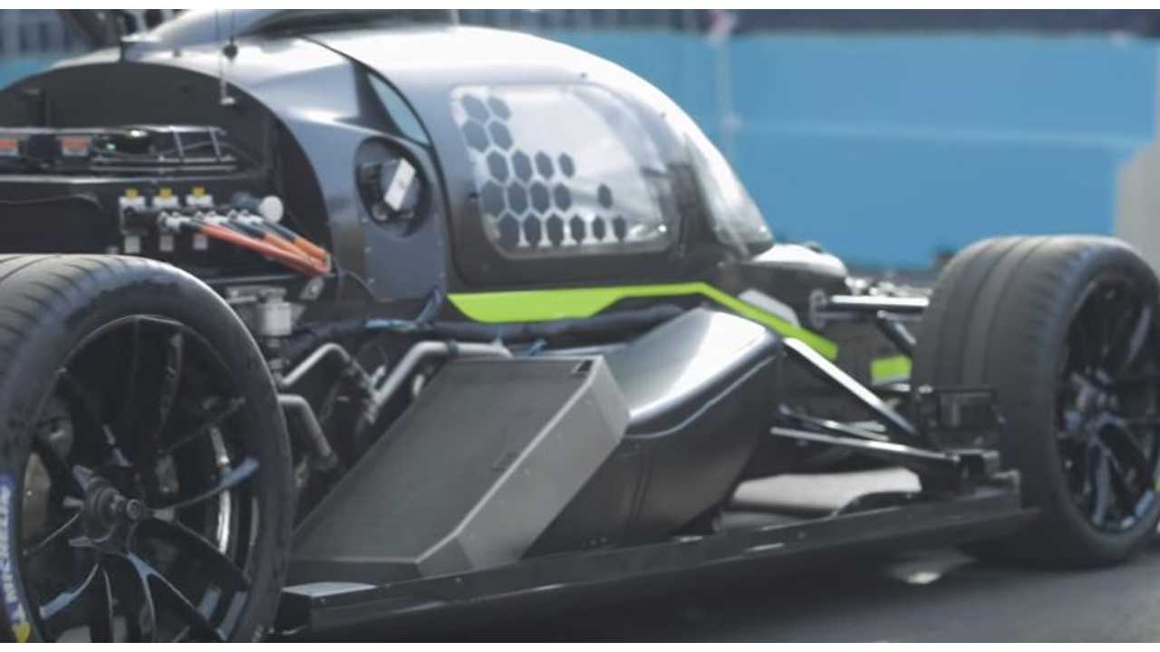 See If Roborace DevBot Can Beat Drift Driver Around A Track