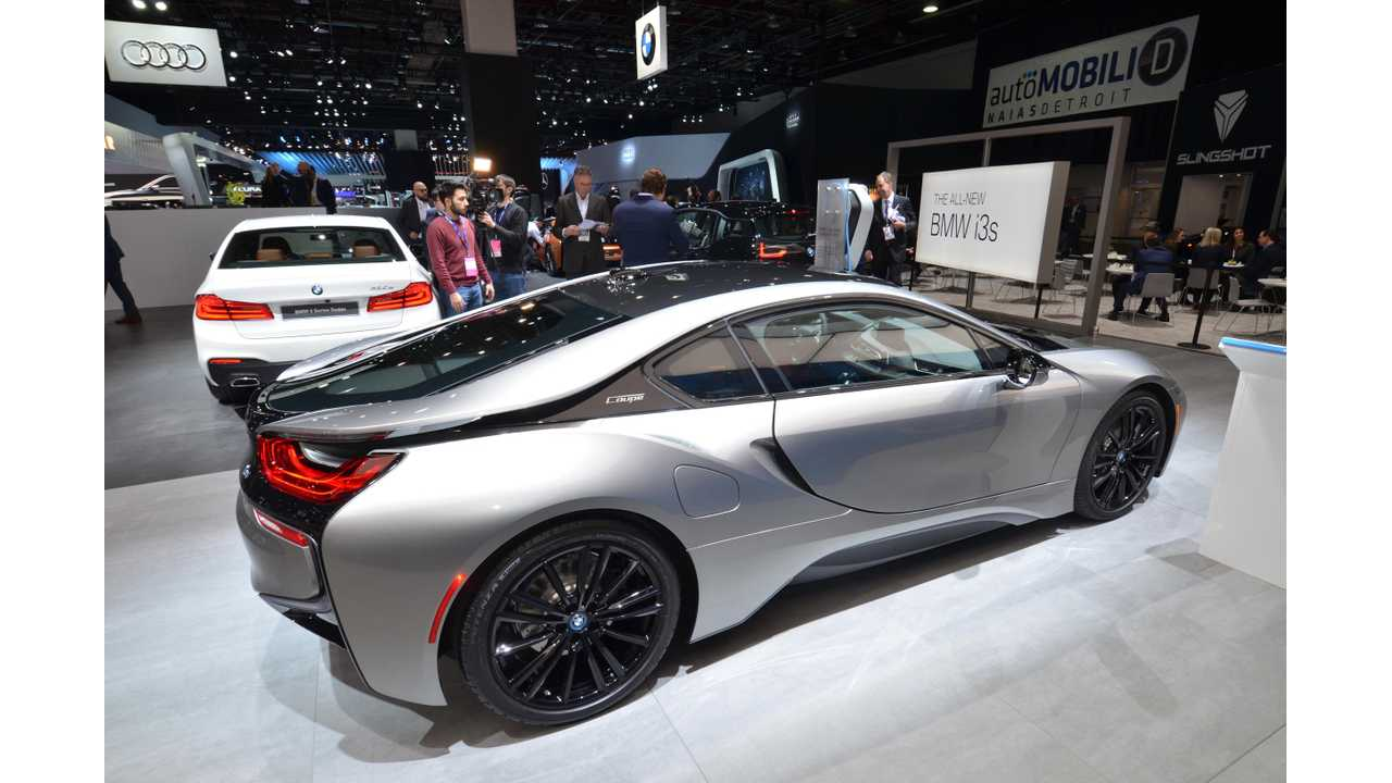 BMW i8 Coupé at the 2018 NAIAS