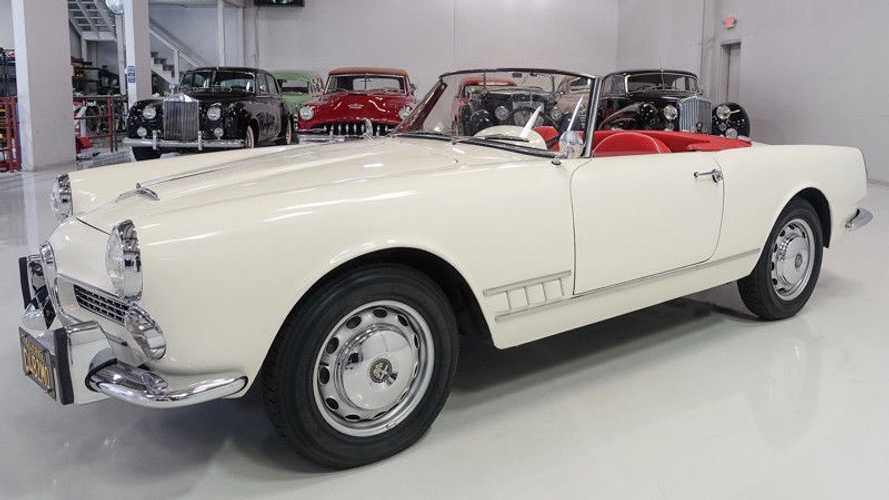 Beautiful 1959 Alfa Romeo 2000 Spider Is A Couch-Built Classic
