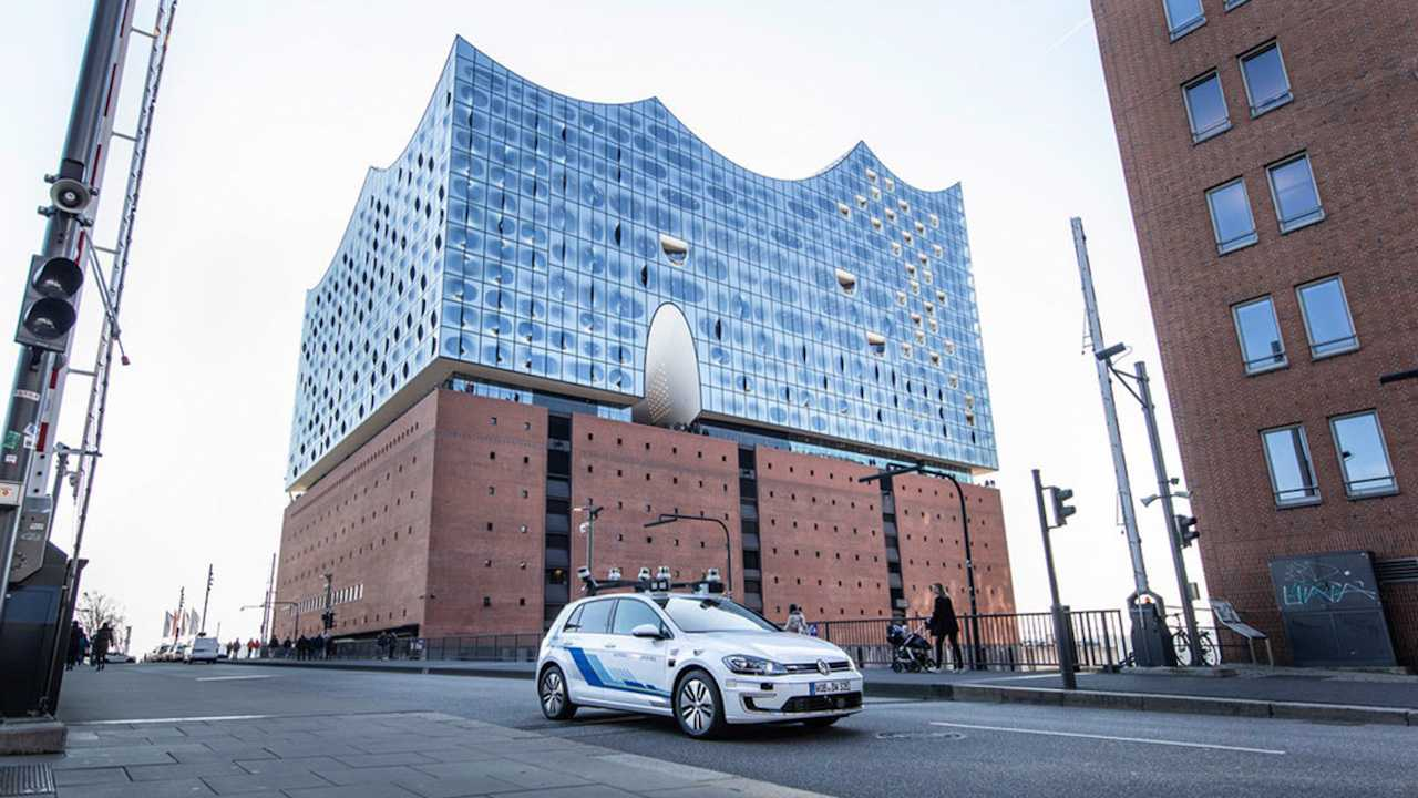 Volkswagen Tests Level 4 Driving Tech on German City Streets