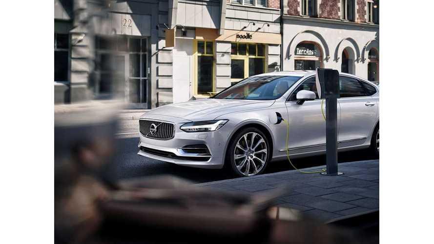Volvo Debuts S90 Sedan, With T8 Plug-In Hybrid Option