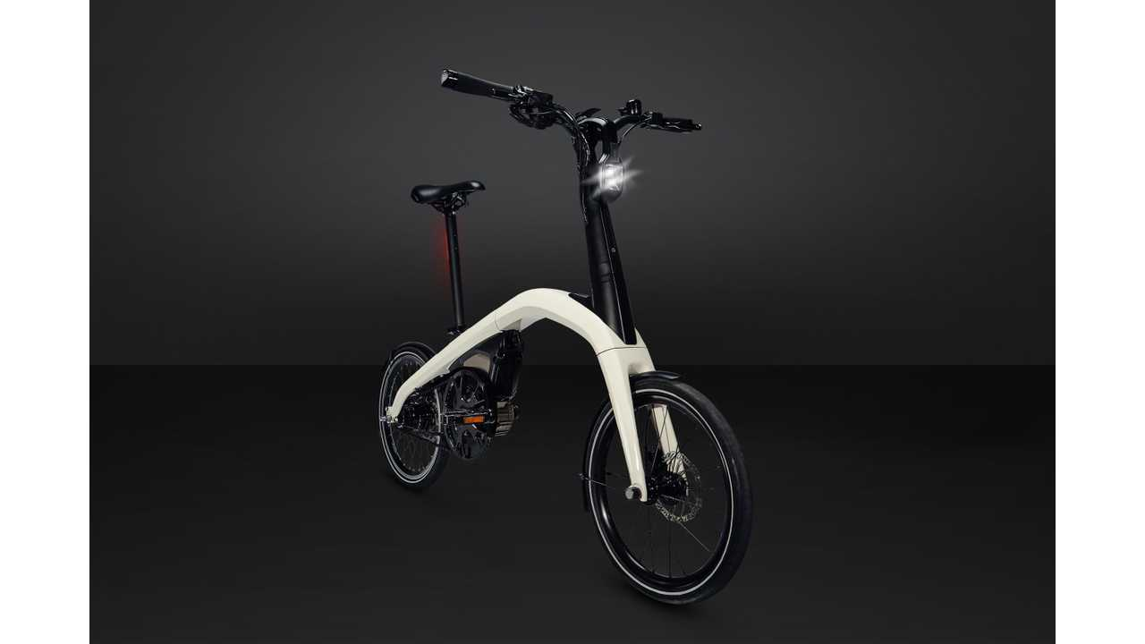 General Motors is building two eBikes which will be available for sale in 2019.