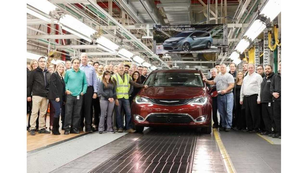 Watch The Chrysler Pacifica Hybrid On The Production Line, Arrives Soon - Videos