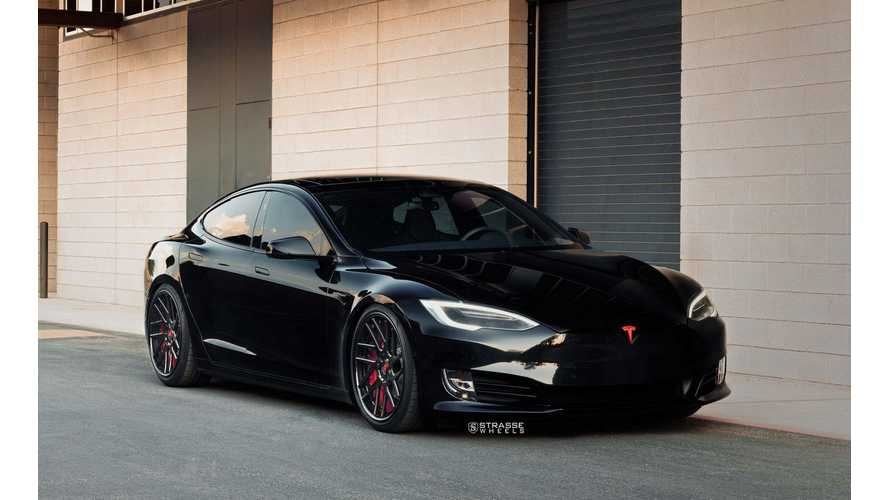Tuned Tesla Model S P100D Goes Dark