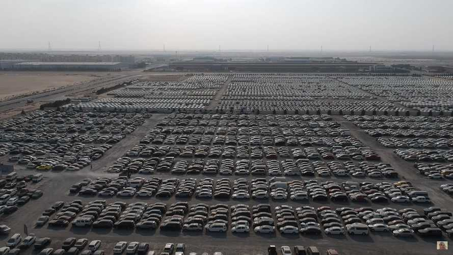 Le supercar abbandonate di Dubai