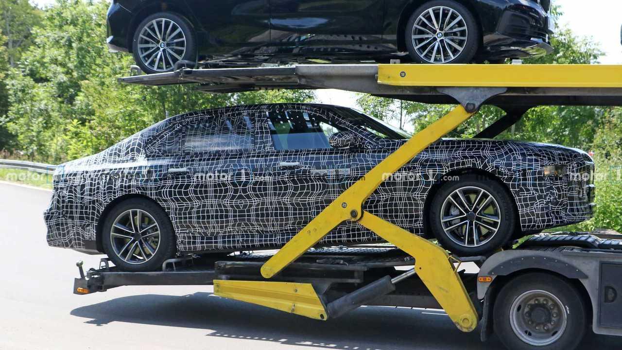 Шпионские фото BMW i7