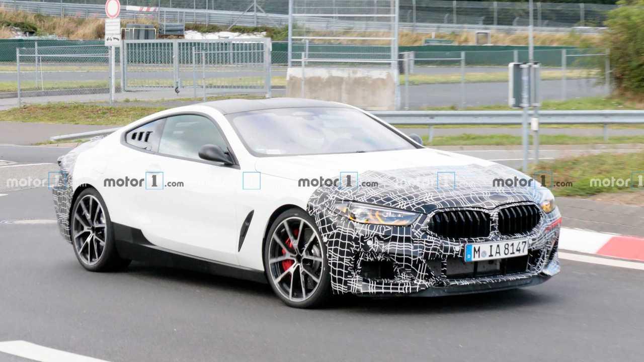 BMW Serie 8, le foto spia a motore centrale