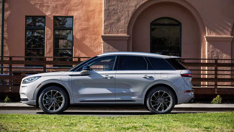Lincoln Prices Corsair Grand Touring PHEV At $50,390