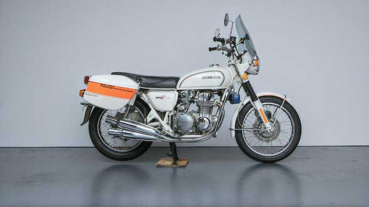 1977 Honda CB500 Swiss Police Bike Right Side View