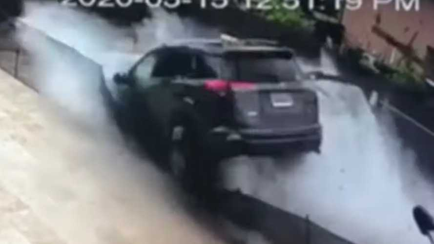 Toyota RAV4 Florida Crash