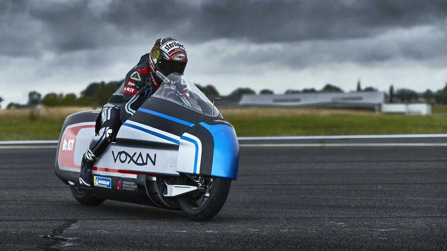 Max Biaggi tenta il record di velocità sulla Woxan Wattman