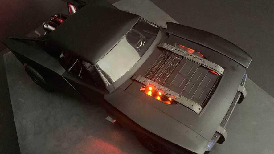La nuova Batmobile si scopre sul web