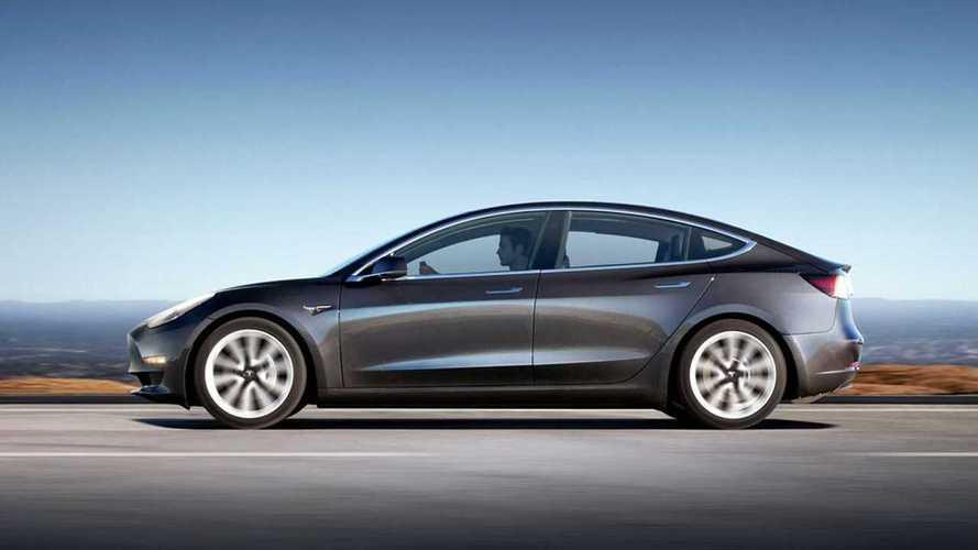 Quanti km percorre davvero una Tesla Model 3 a velocità costante