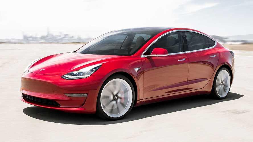 Tesla Model 3, in Italia a febbraio con prezzi da 59.600 euro