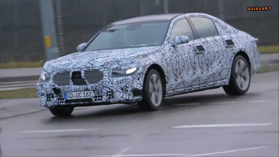 New Mercedes S-Class, E-Class Coupe Facelift Caught In Traffic