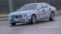 2020 Mercedes S-Class prototype screenshot from spy video