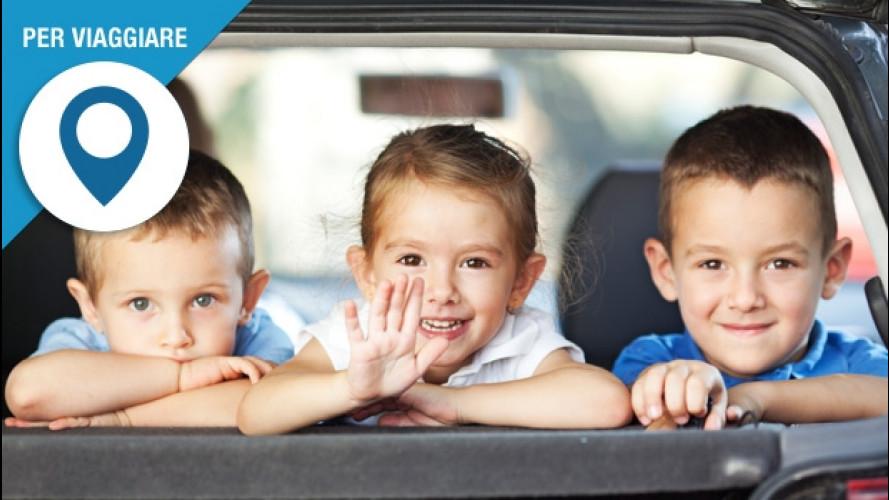 """In auto con i bambini, i """"trucchi"""" per viaggiare sereni"""