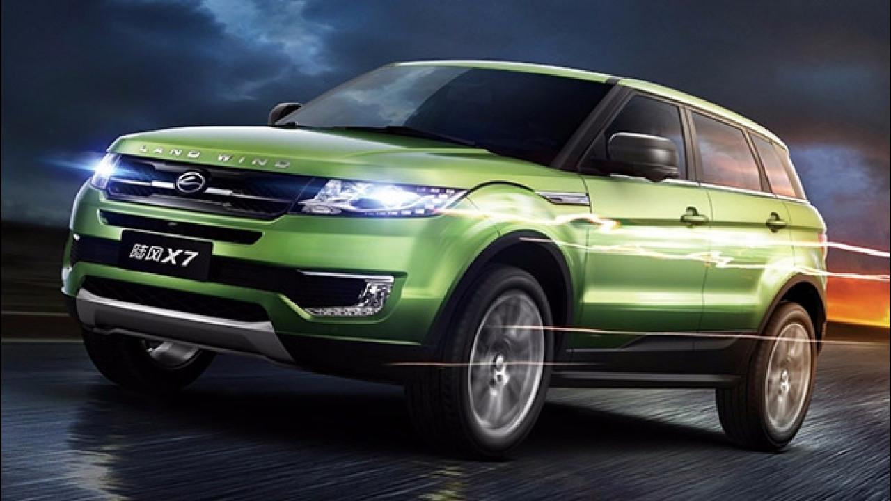 [Copertina] - Land Rover denuncia i cinesi per la copia dell'Evoque