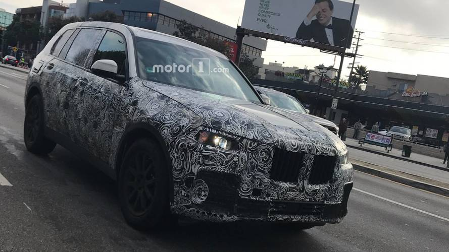 BMW X7 caught cruising Santa Monica Boulevard in Los Angeles
