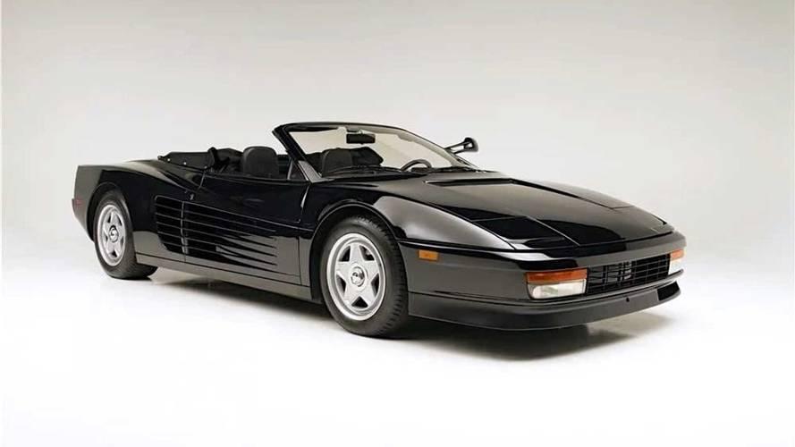 Sí, es un Ferrari Testarossa descapotable... y lo usó Michael Jackson