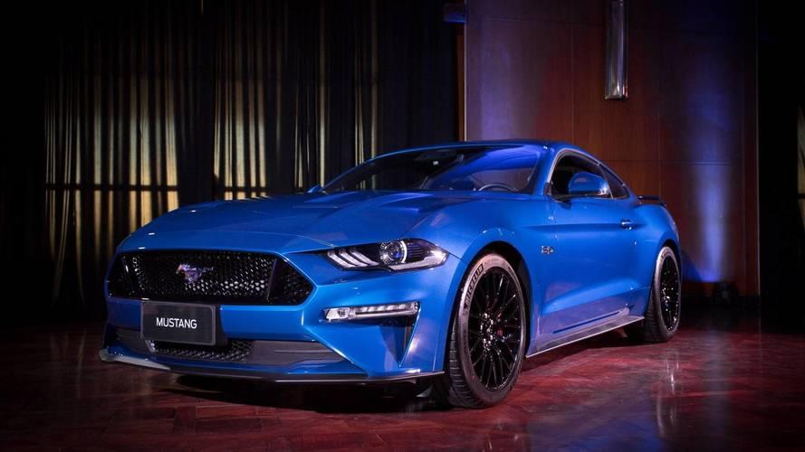 Ford Mustang surpreende e já acumula quase 100 reservas no Brasil