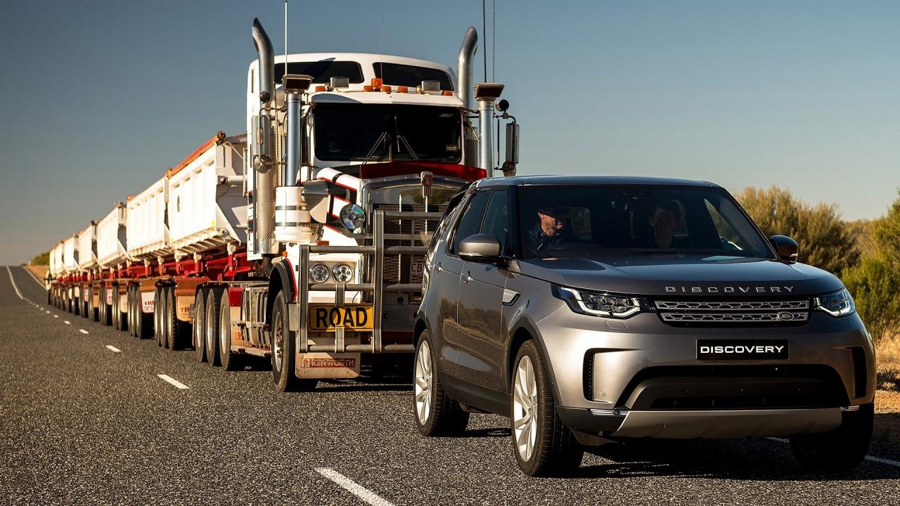 [Copertina] - Land Rover Discovery, nemmeno un autotreno la ferma