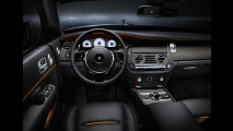 Rolls Royce Dawn Black Badge, tutta nera e con 600 CV