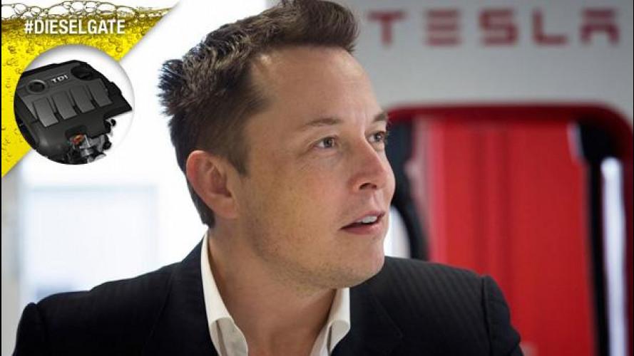 """Musk, boss di Tesla: """"Volkswagen investa di più sull'elettrico"""""""