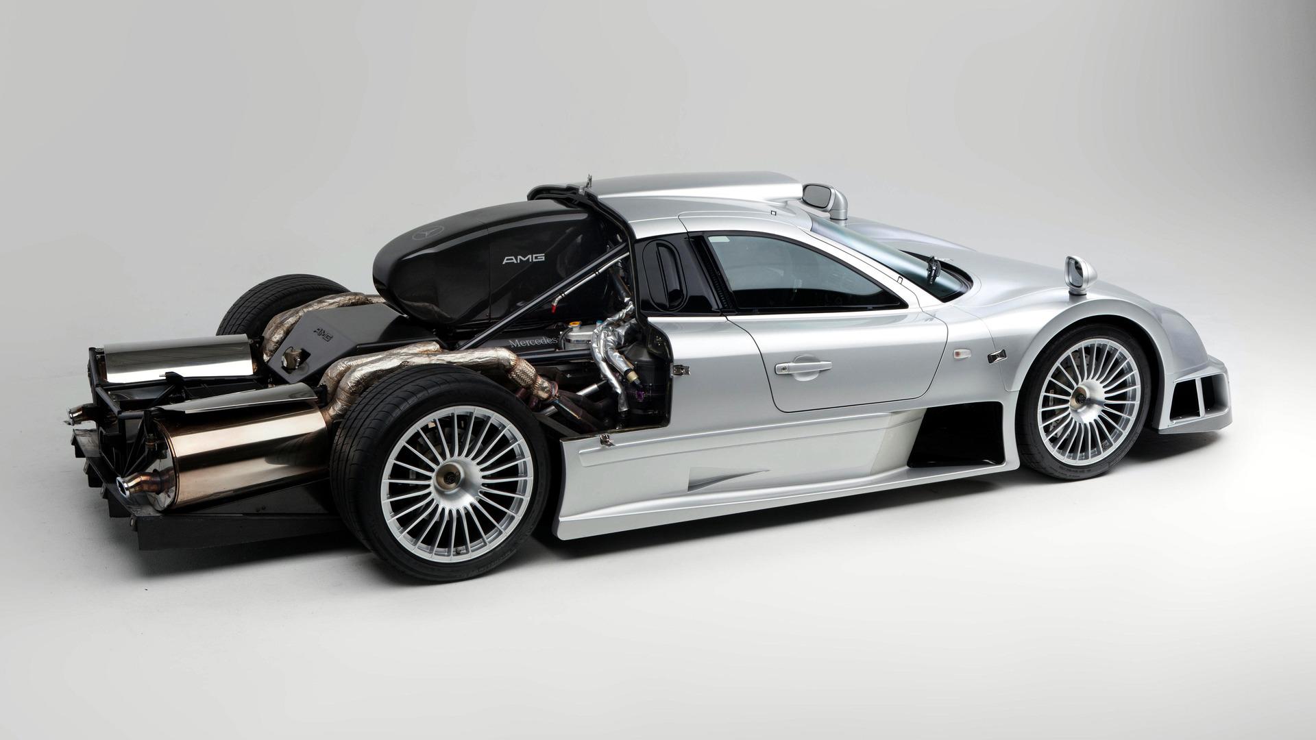 Cuando Un Porsche Gt1 Se Enfrenta Al Mercedes Benz Clk Gtr