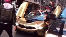 BMW i8 windshield smashed