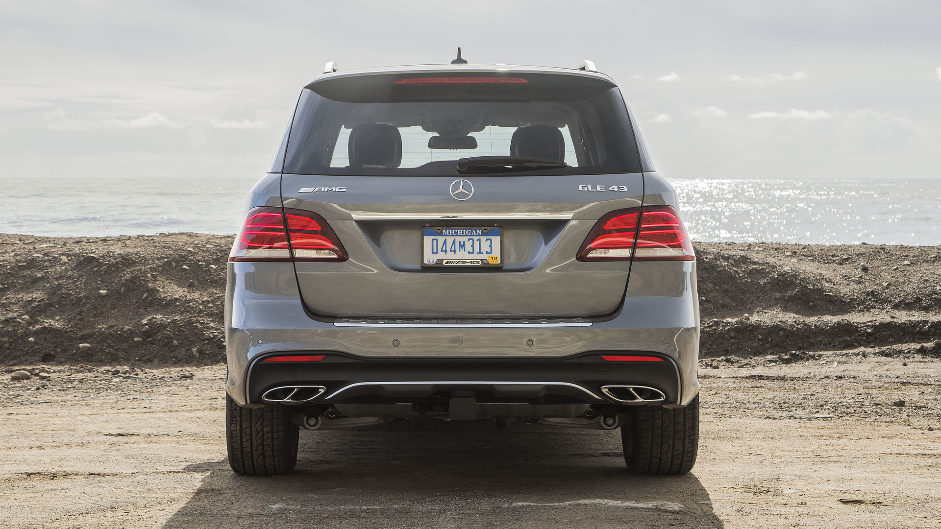 Mercedes Recalls 12K For Software That Can Cause Engine Shut