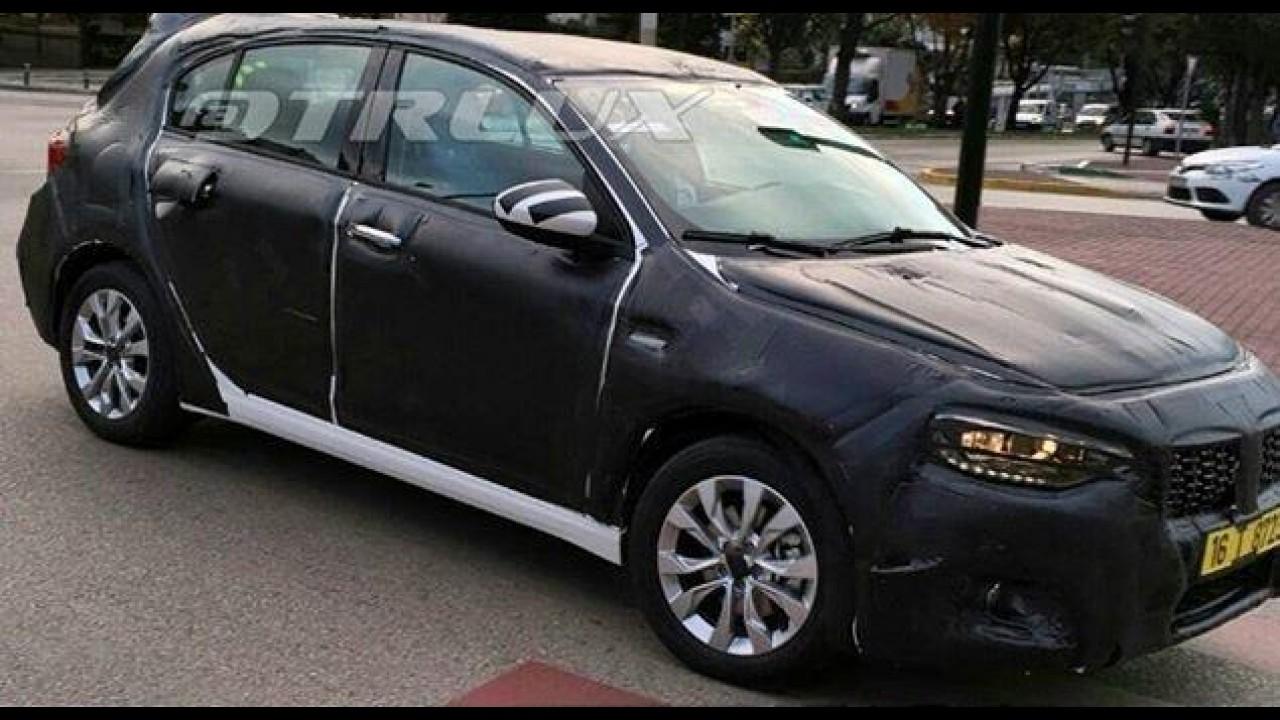 Flagra! Sucessor do Fiat Bravo, novo Tipo hatch é visto pela primeira vez