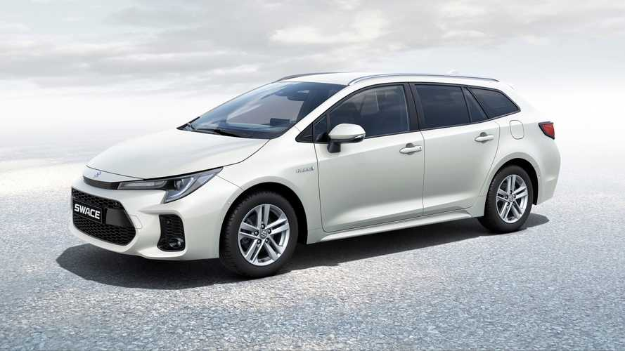 Suzuki Swace revealed in Europe as rebadged Toyota Corolla estate