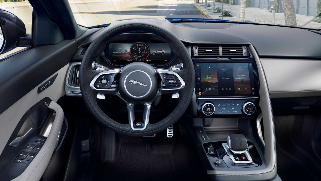 Novo Jaguar E Pace Tapa No Visual E Inedita Versao Hibrida Que Faz 50 Km L