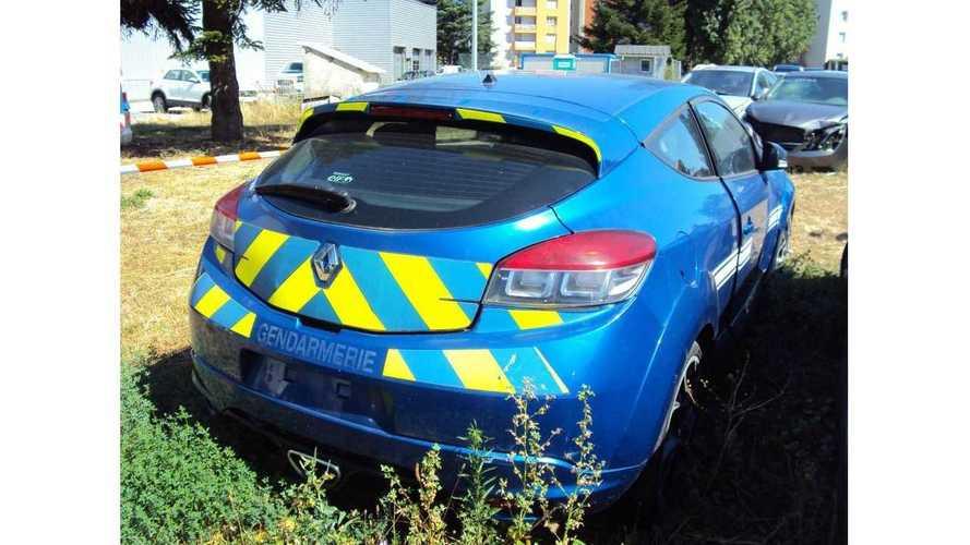 Este Renault Mégane R.S., de los gendarmes franceses, se ha vendido