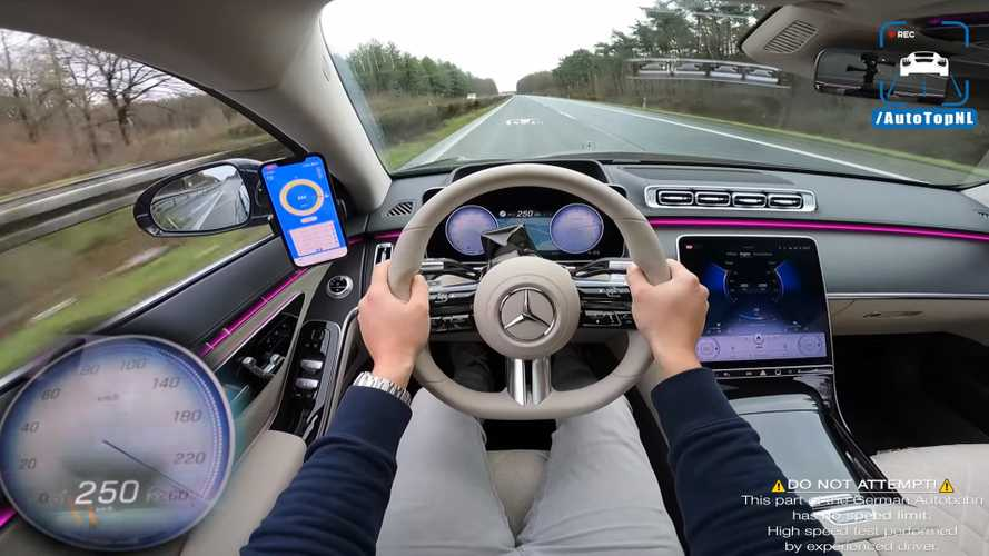 La nouvelle Mercedes S500 à fond sur autoroute allemande comme un rien