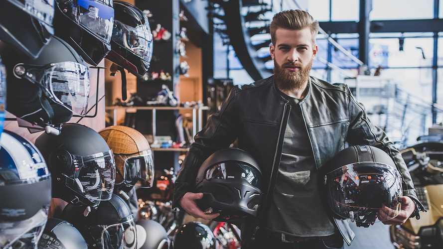 5 Best Motorcycle Helmets (2021 Review)