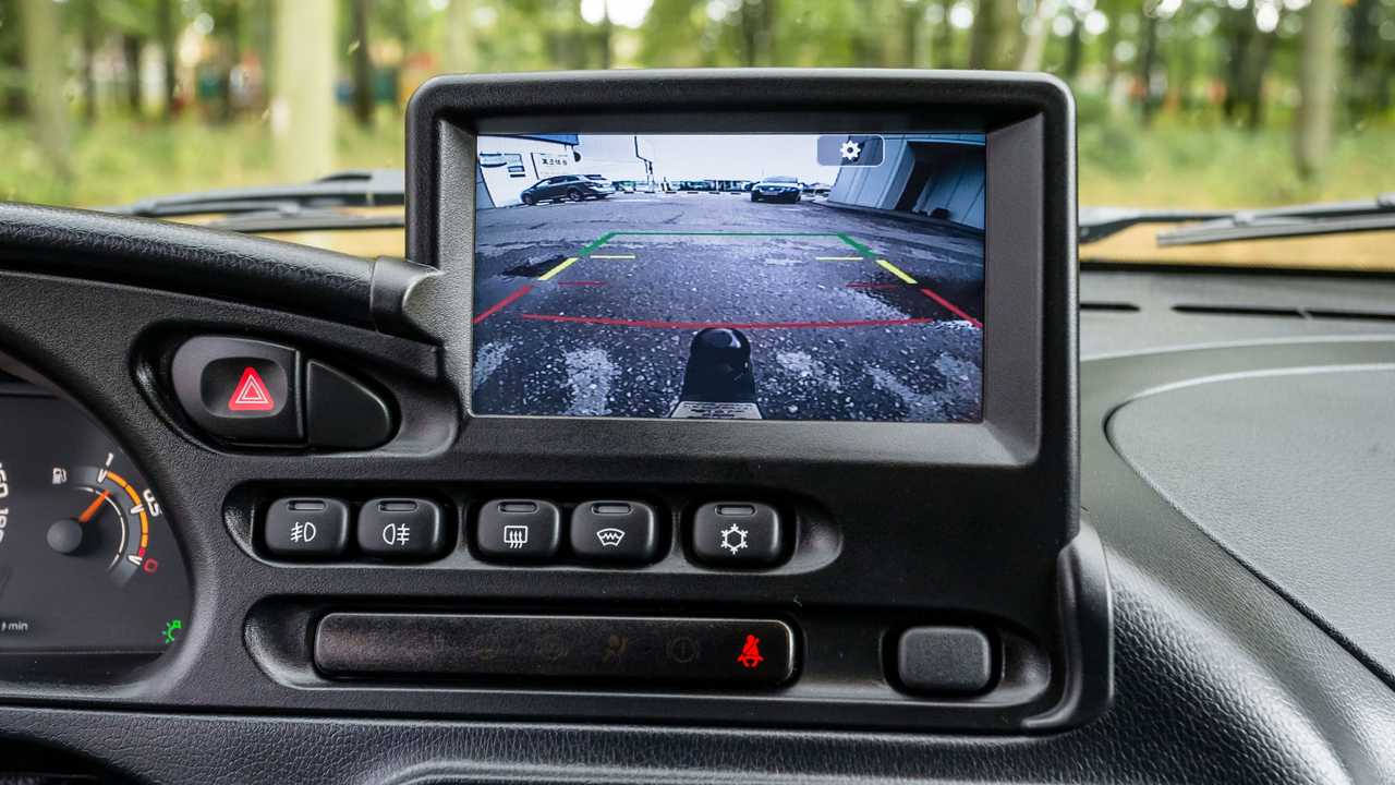 Lada Niva Off-road (2020) – камера заднего вида