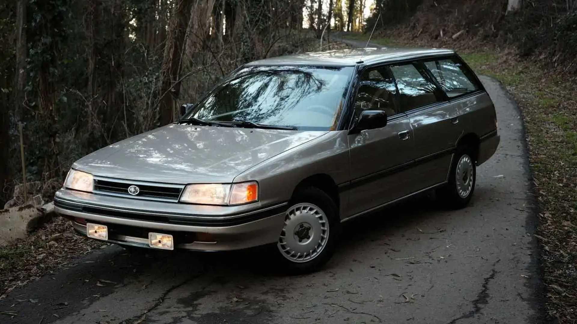 Subaru только что приобрела у Craigslist универсал музейного качества 1990 года