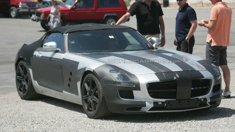 Mercedes SLS AMG Cabrio Caught during Hot Weather Testing