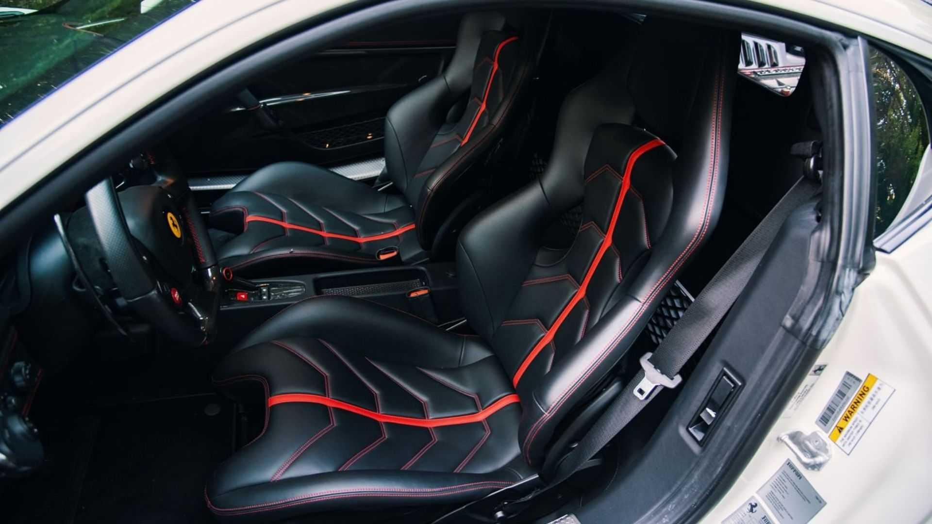 "[""2015 Ferrari 458 Speciale Comes With Unique Features""]"