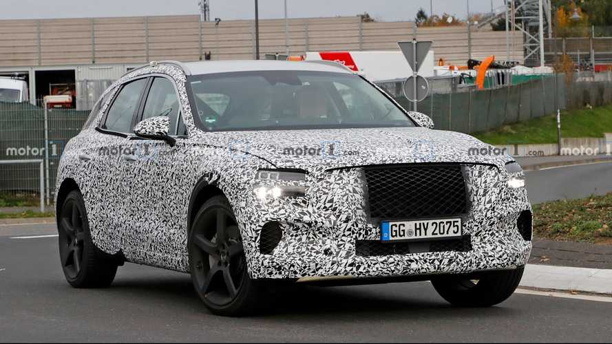 Genesis GV70 Spied For The First Time With Production Body [UPDATE]