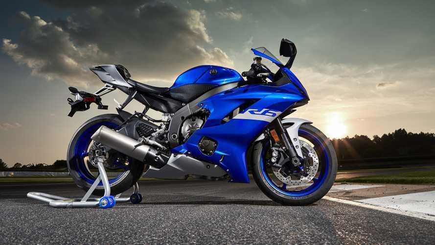 Yamaha: nuovi colori per la serie R