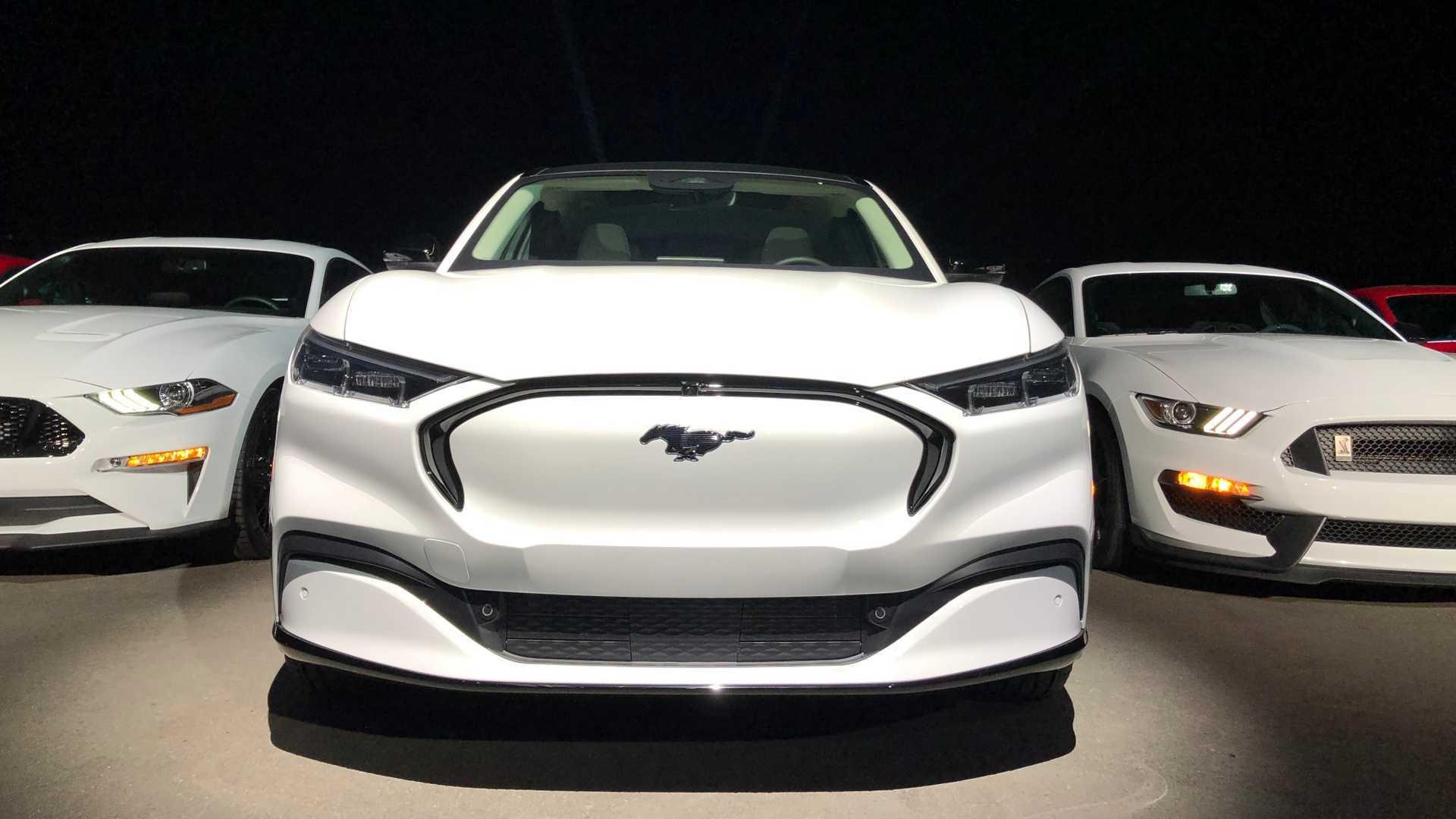 Novo Mustang Mach-E tem altíssimas chances de ser vendido no Brasil